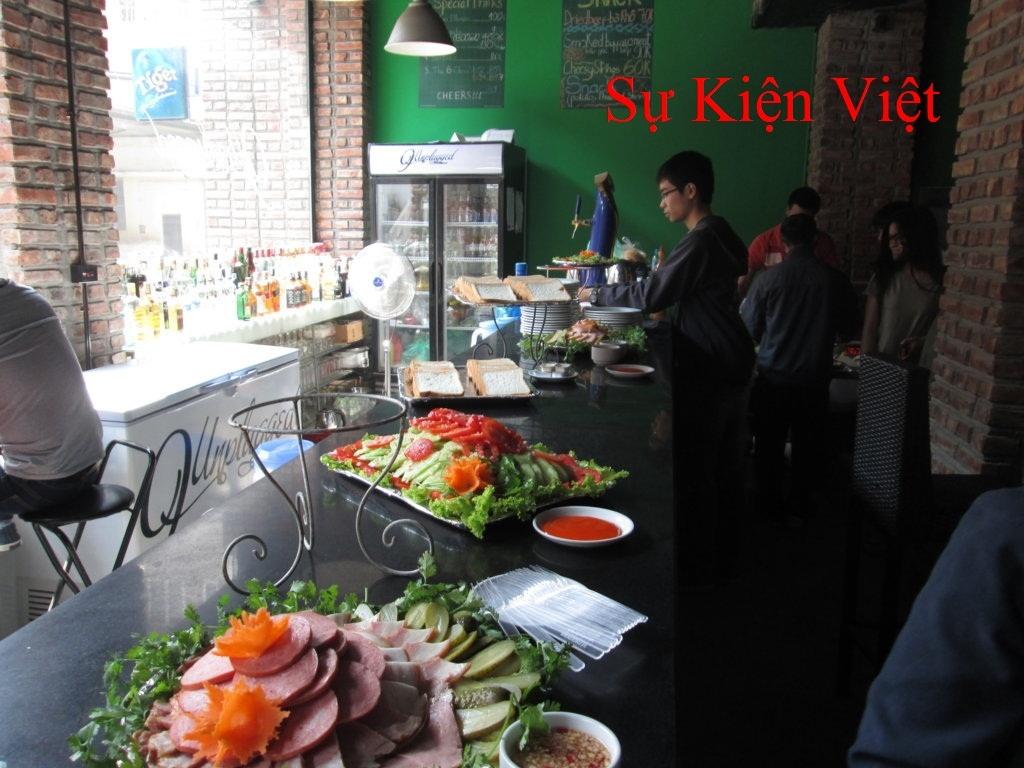 http://vinasukien.com/Pictures/IMG_0541%20FILEminimizer.jpg